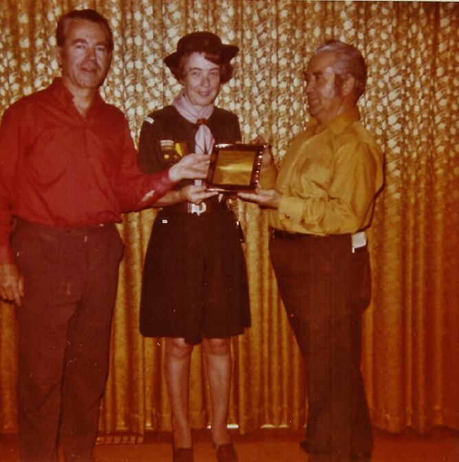 1971 Doris Vanvolkenburg receives plaque for 15 yers service