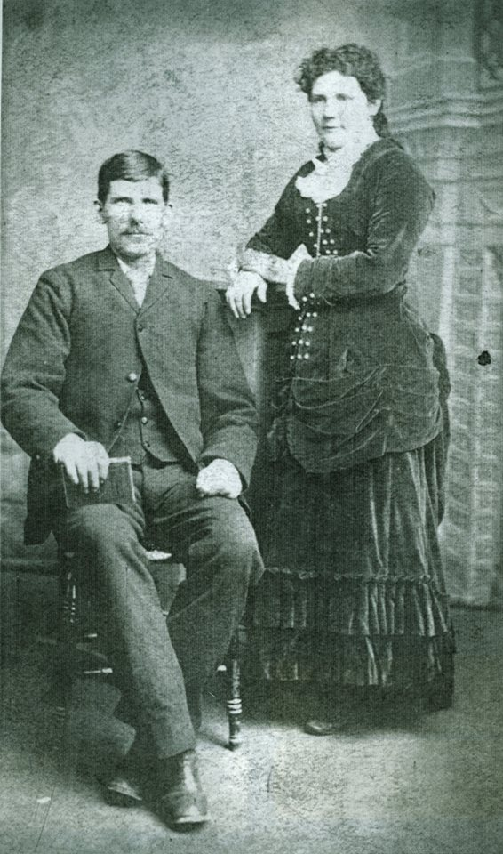 wALTER dEACON AND HIS WIFE,  MaRY JANE CHRISTIE