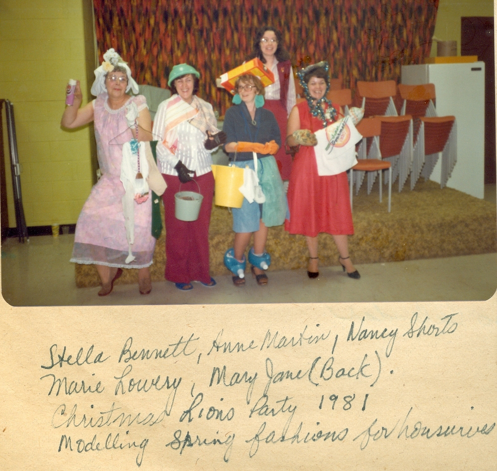 Lioness Christmas party 1981 - Copy.jpg
