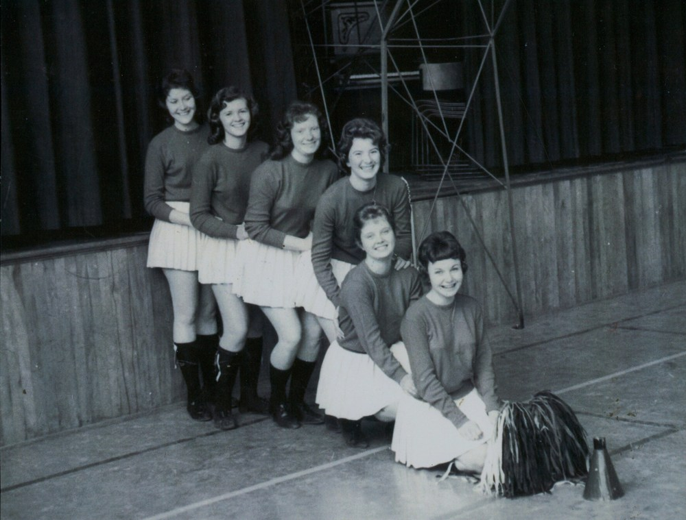 Cheerleaders,  E. McCoy,  J. Provost,  R. Spry,  P. McCaw,  J. Glover,  J. Campion