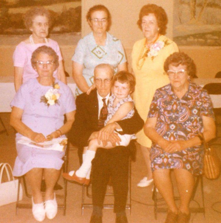 1972,Helen McKinnon, Myrtle McCormack, Verna Fehrenbach, Front Row: Madeleine Maloney, Dick Maloney, Anne Marie on lap, Bertille Shannon
