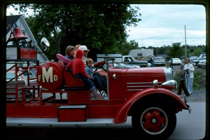 Les NcKewn, Marmora Parade 1992,  with Robin & Dean.jpg