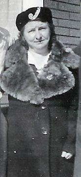 1943 Esther Hipson