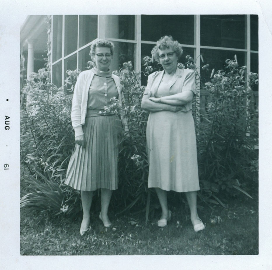 Peg Hewitt Grant & Jen Hewitt 1961