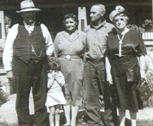 AUNGERS:  Harry ,   Mabel,  William, &  Fannie, wife of HarryAunger