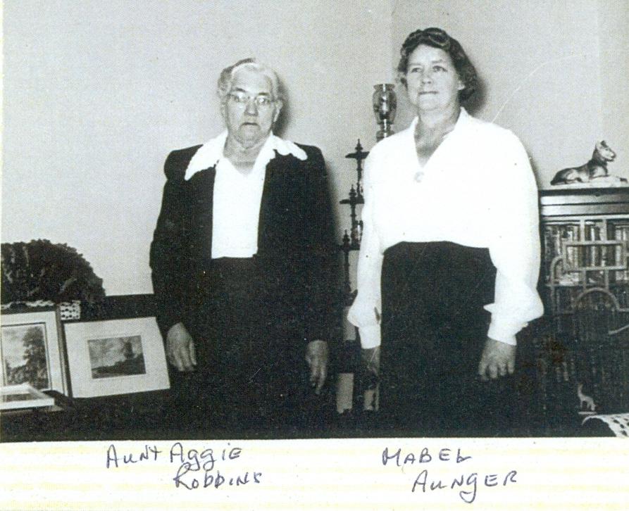 Mabel  Aunger & her sister, Agnes