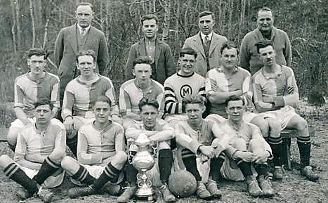 Deloro Soccer Team  C.1928 - Front Row:  Tom Cousins, ?, ?, George Brooks & Bill Brown.  MIDDLE ROW, FAR LEFT - nORMAN hIPSON