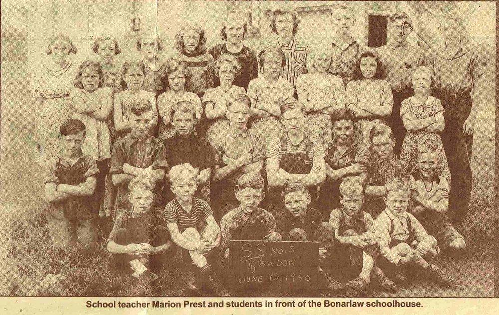 Bonarlaw School 1940.JPG