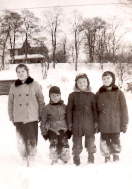 1953 Sandra ,Paul, Wayne & Diane Belanger