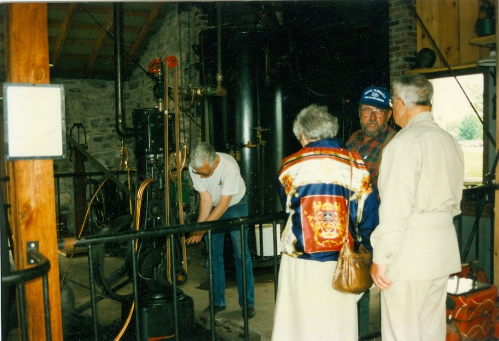 Marmora historical Foundation bus tour to steam engine at Ameliasburgh.jpg