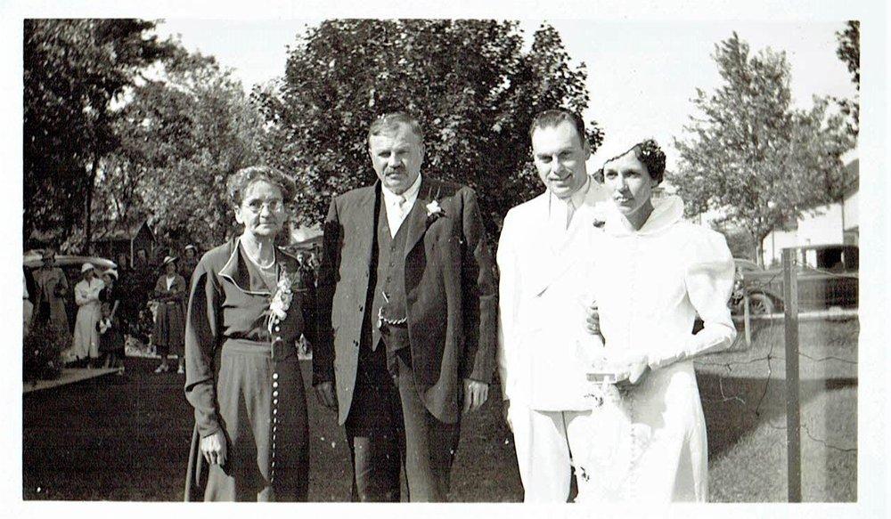 The Gladneys, Helen Gladney and AArnold JOnes.