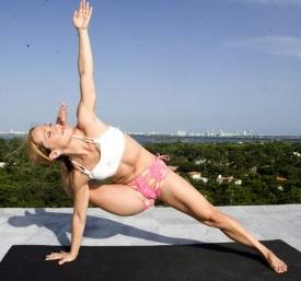 yoga Kala-Bhairavasana-Destroyer-Of-The-Universe-Pose.jpg