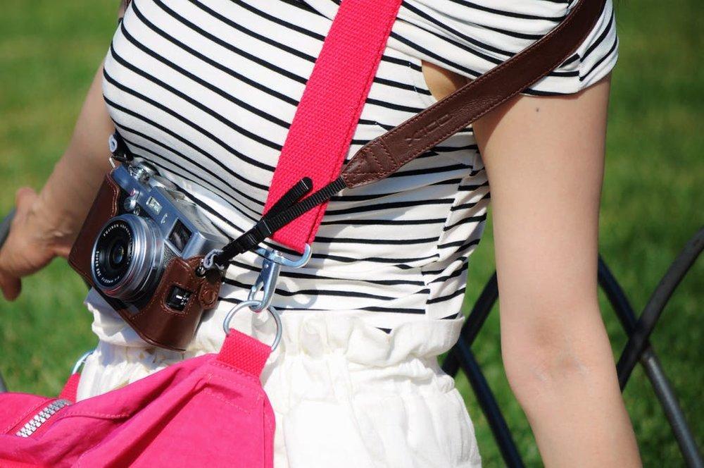 person-woman-camera-summer.jpg