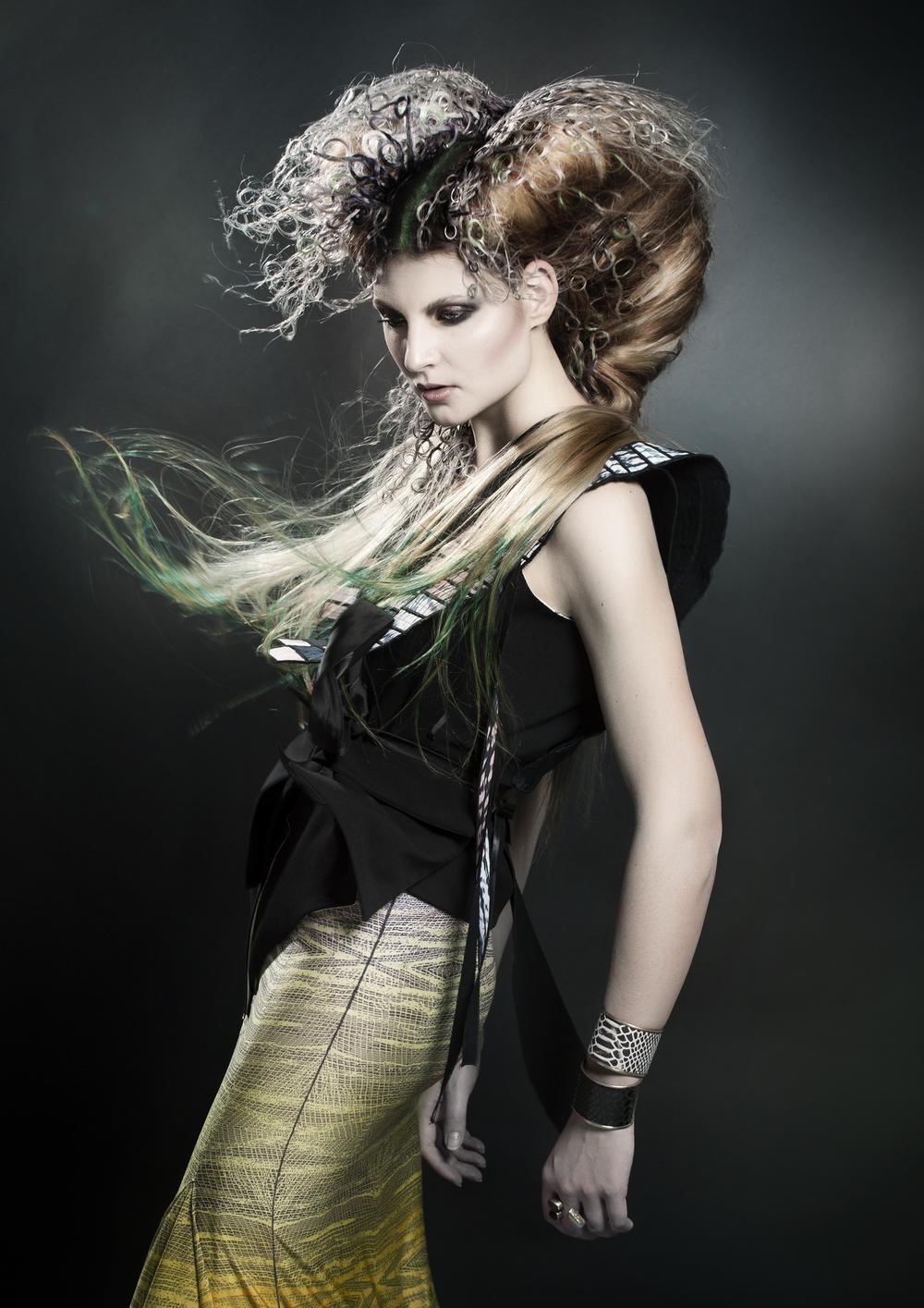Marina coiffure valaoritou