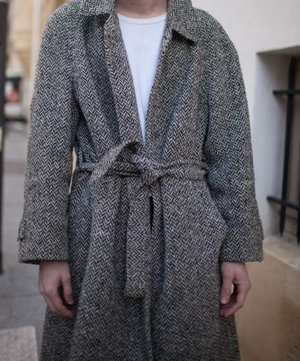 A wrap tweed  jacket .