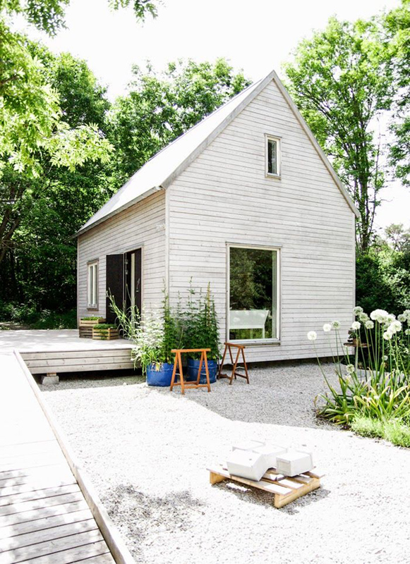 The idea of spending summer days in this perfect little Scandinavian  summer home .