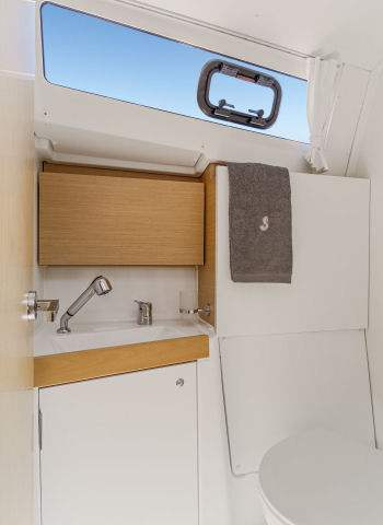 beneteau_oceanis35_headlocation_2015.jpg