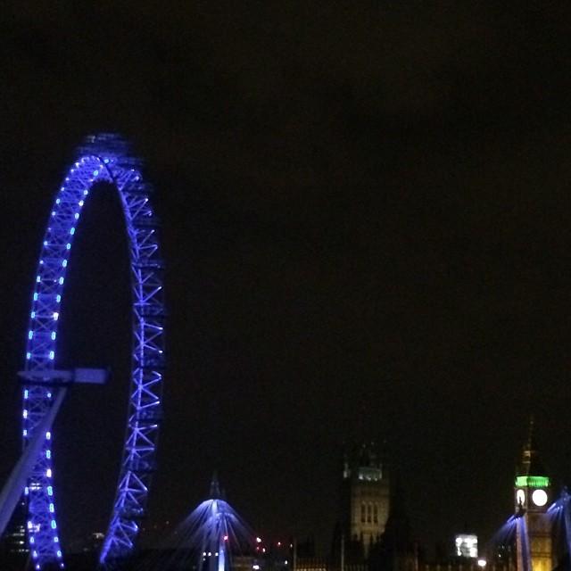 Late night drive #bigben #londoneye #london #love #drivebyshot #telephoto #lens