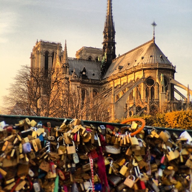 Nice to see the world so full of love for bicycle locks. Haha kidding 😉 #notredame  #lovelocks #paris #cityoflove #telephoto