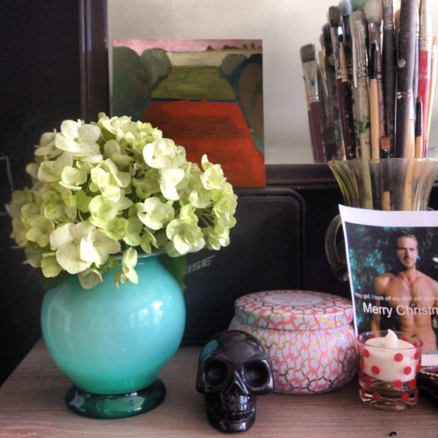 Back from the market to put the #hydrangea in a turquoise vase. Yes I still have a #ryangosling Christmas card up. #whynot  #wildlysimple #stilllife #2