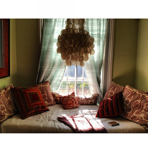 Best #dreaming #reading #writing #sleeping #nook in the world. Well my world anyway…. Haha. #homesweethome #ontario #canada #georgianhouse
