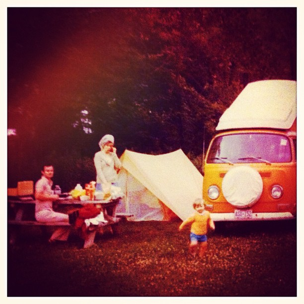 #tbt #campvibes #vw #volkswagonvan #vanlife #love such fun memories