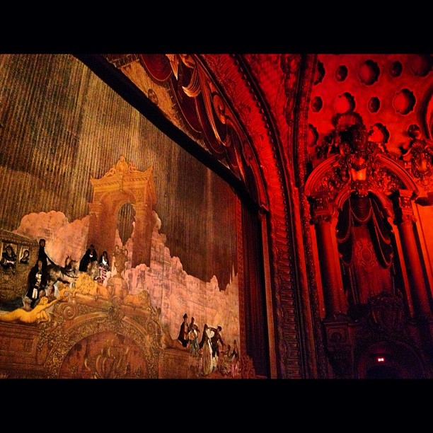 Watching #romeoandjuliet in this #beauty was a treat #thelosangeles#theater#dtla#cinespia#love#bazluhrmann