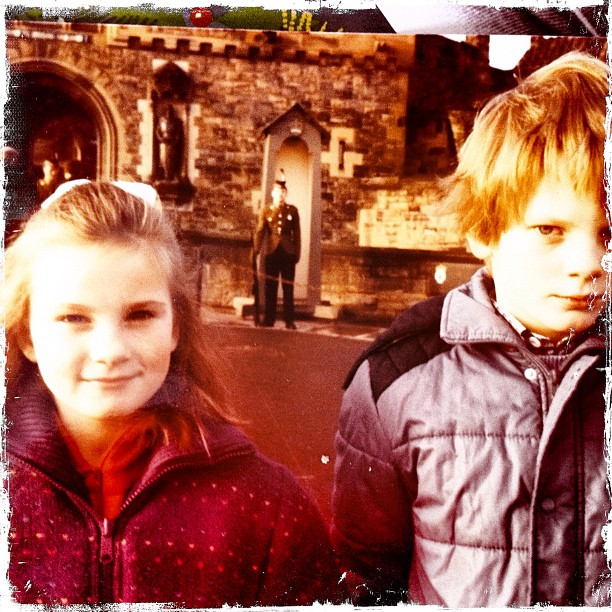 #throwbackthursday #edinburgh #castle @simonoblique what where you thinking about? Haha 😜 (Taken with  Instagram )