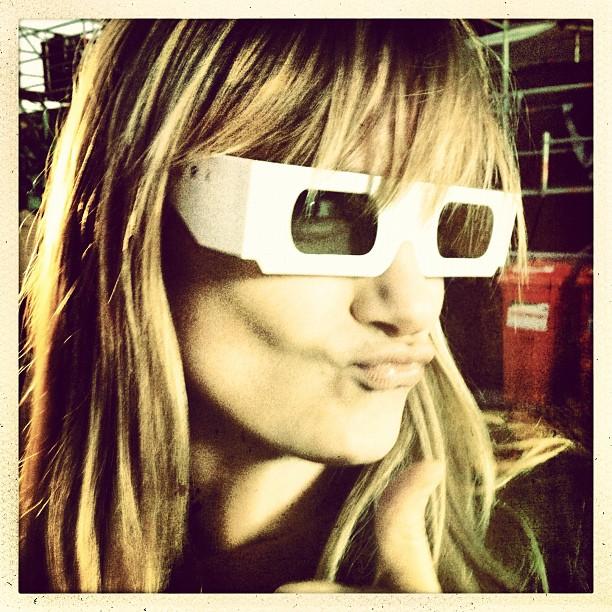 #lip #pucker and a #thumbsup for @kraftwerk #kraftwerk in #3D yes!!! (Taken with  Instagram )