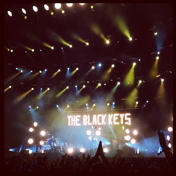 #bam @theblackkeys were and are amazing! @wayoutwestfestival my god!!! HOT #hot hot! Fun rocking out with happy dancing swedes. #wowgbg #lucky #girl  (Taken with  Instagram )