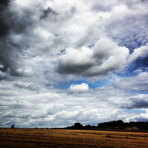 Driving west through #france to #music fest. The #sky has been amazing #drivebyshot  (Taken with  Instagram )