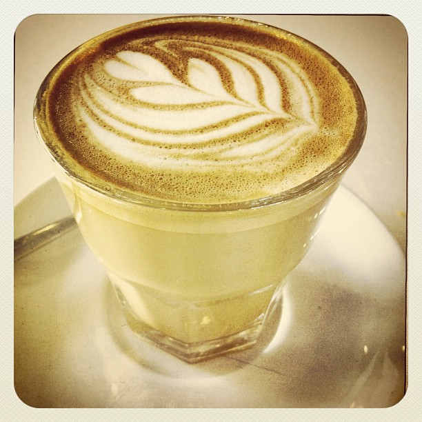 Gorgeous #flatwhite for a great day…  (Taken with  Instagram )