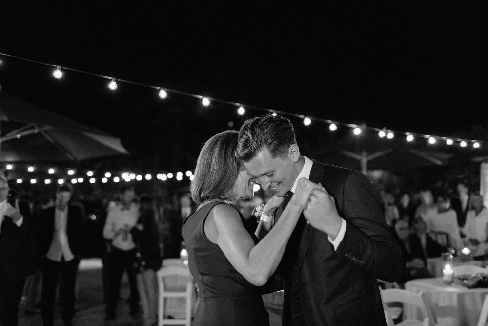 Kennolyn-Santa-Cruz-California-Wedding-Anna-Howard-Studios-0180.jpg
