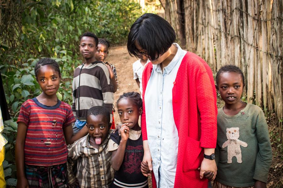 KIDS @ DUMERSO WASHING STATION