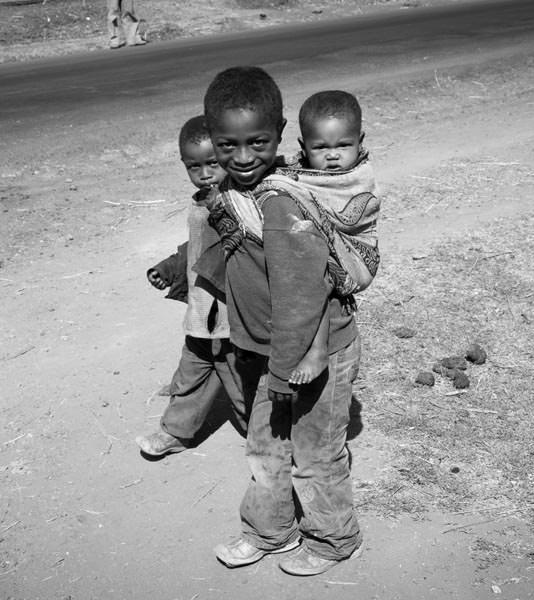 -yirgacheffe-aricha-washing-station-ethiopia-lady