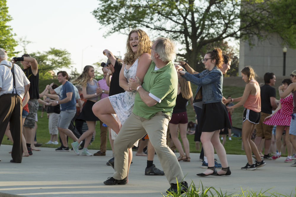 Couple swing dancing at Ah-Nab-Awen Park