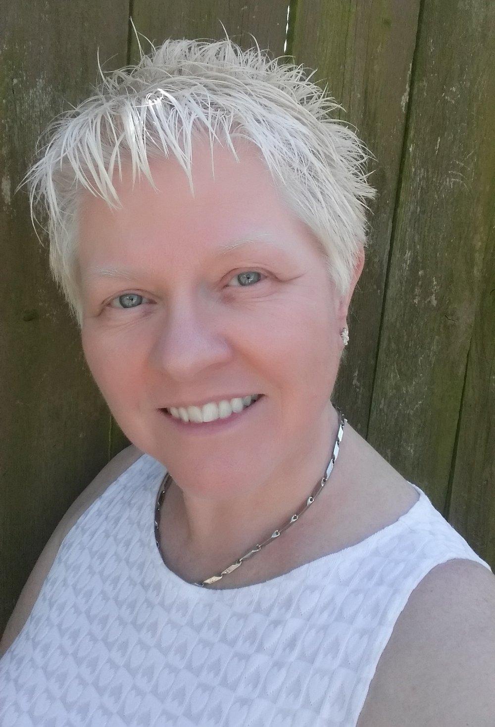Deanna Uldall, Consulting Hypnotist