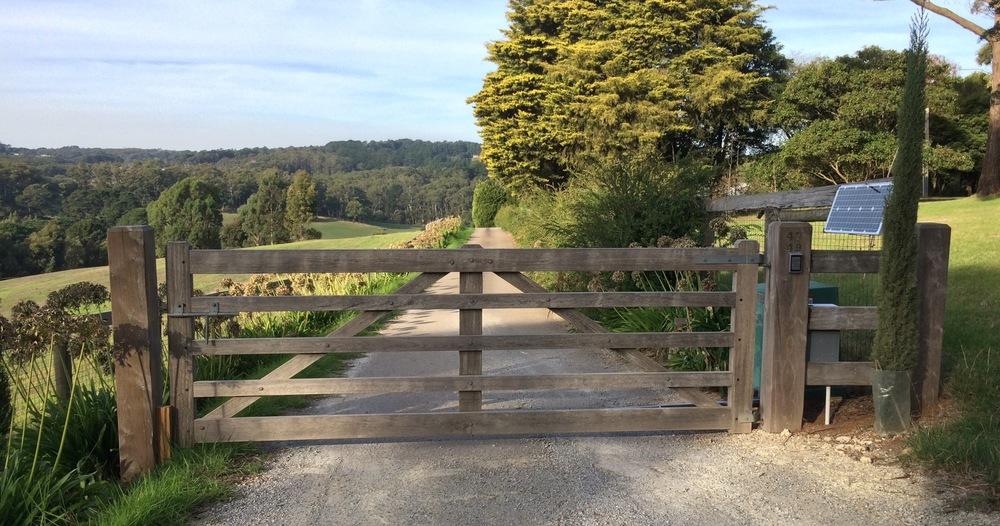 Solor gate opener Peninsula Timber Gates.jpg