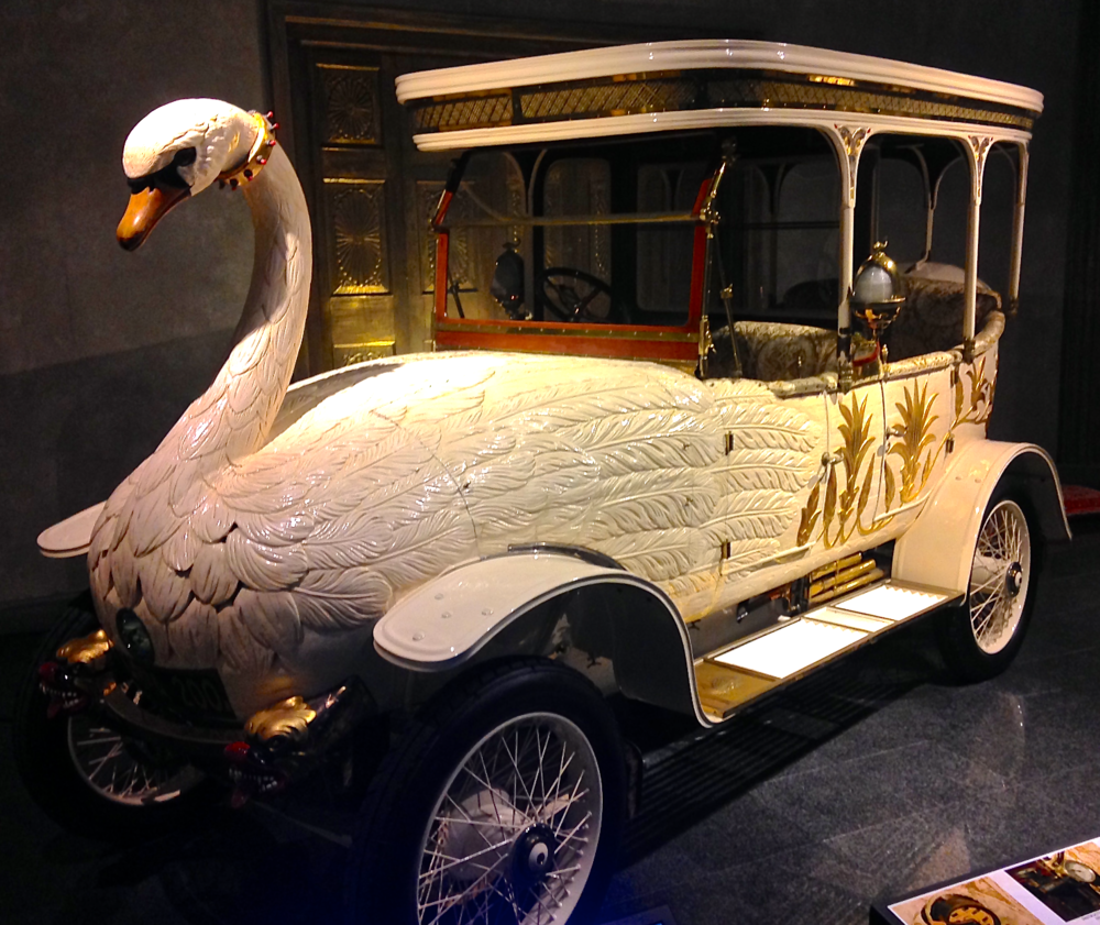 1910 Brooke 25/30HP Swan Car