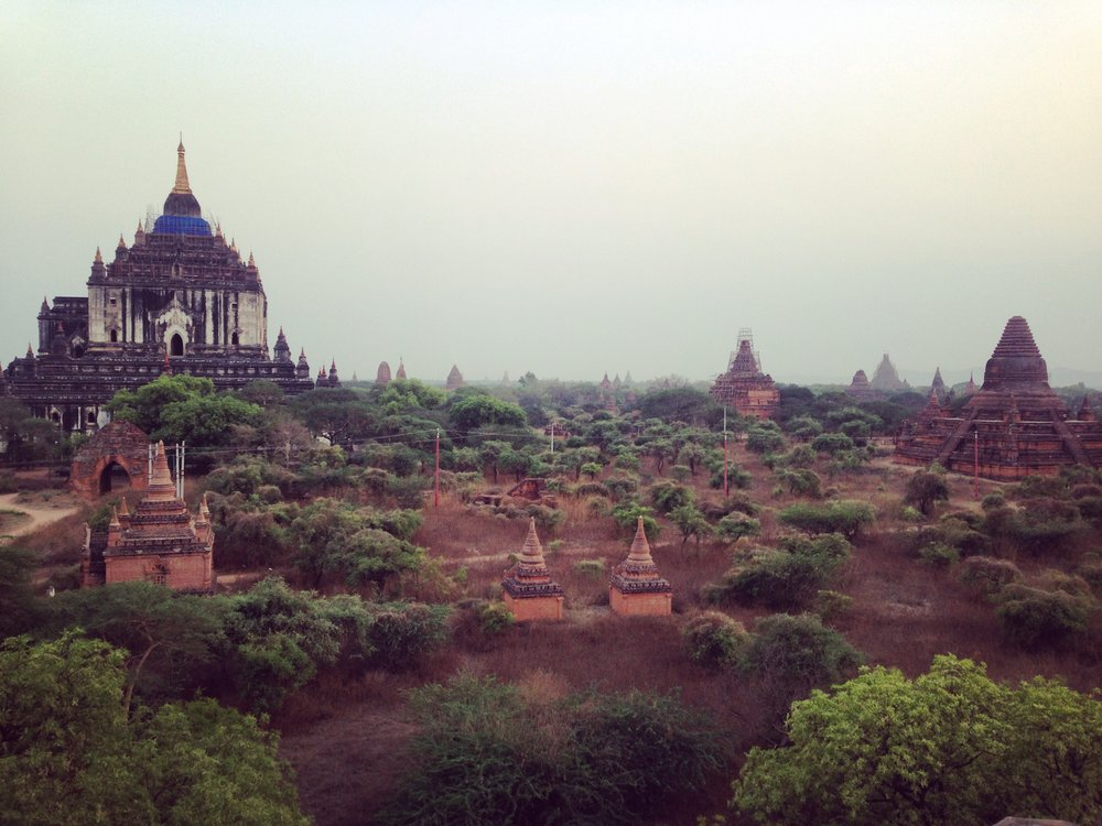 The Temples and Pagoda's of Bagan at sunset