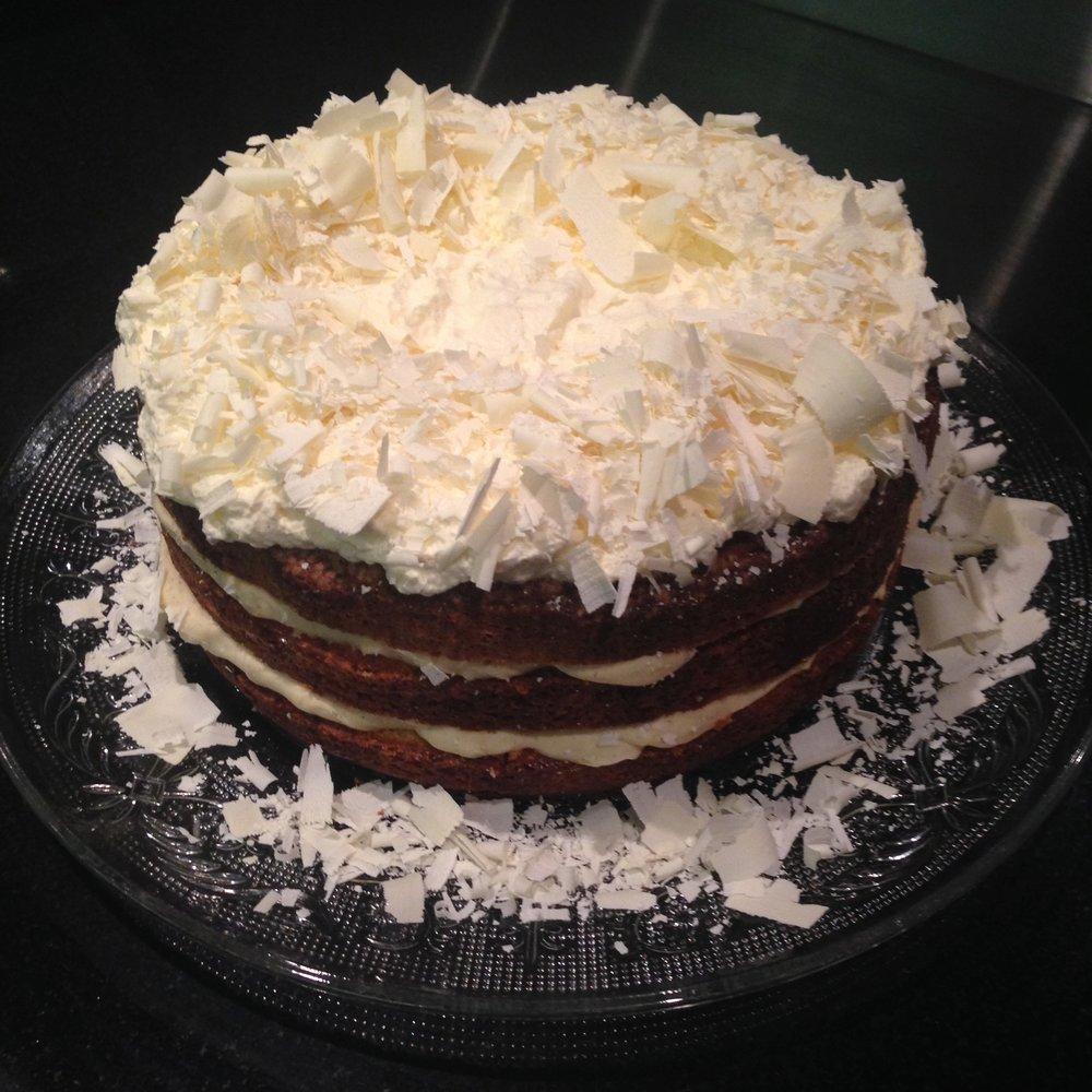 Coconut Cake w/ Vanilla Mascapone