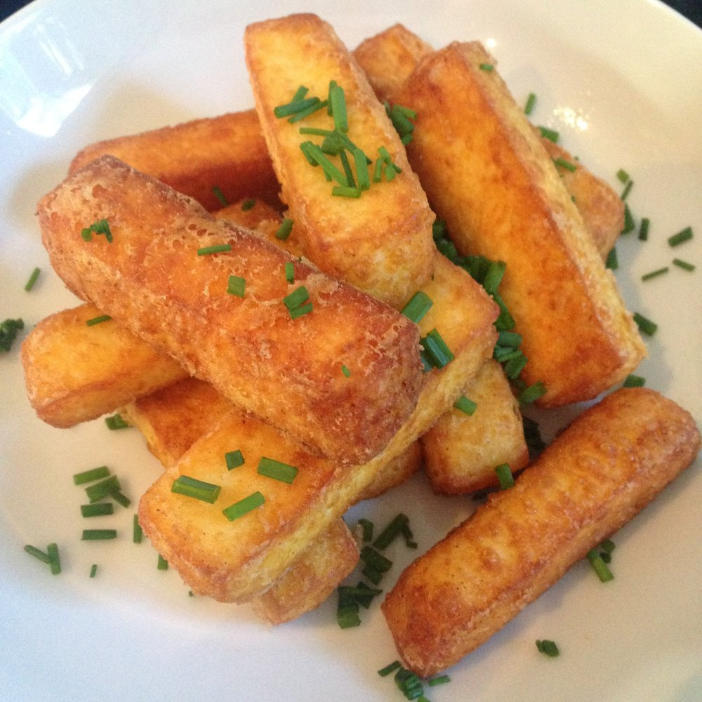 Smoked Paprika Haloumi Chips