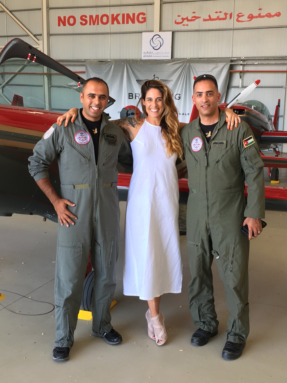 Moxham with two of the pilots from the the Royal Jordanian Falcons