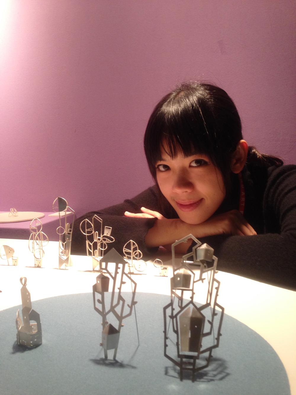 HSIEH I TING 謝宜庭 金工設計師。義大利專業珠寶學校Le Arti Orafe 畢。
