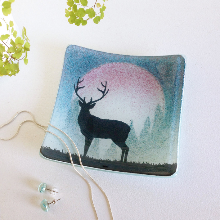 Stag Small Square Dish  glass  11 x 11 cm  £16