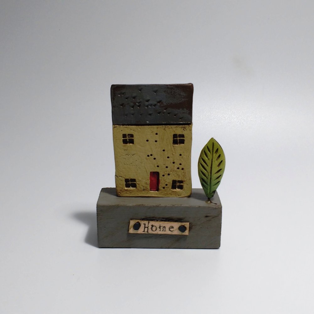 1 House & Tree  Ceramic on Wooden Plinth  £22.50
