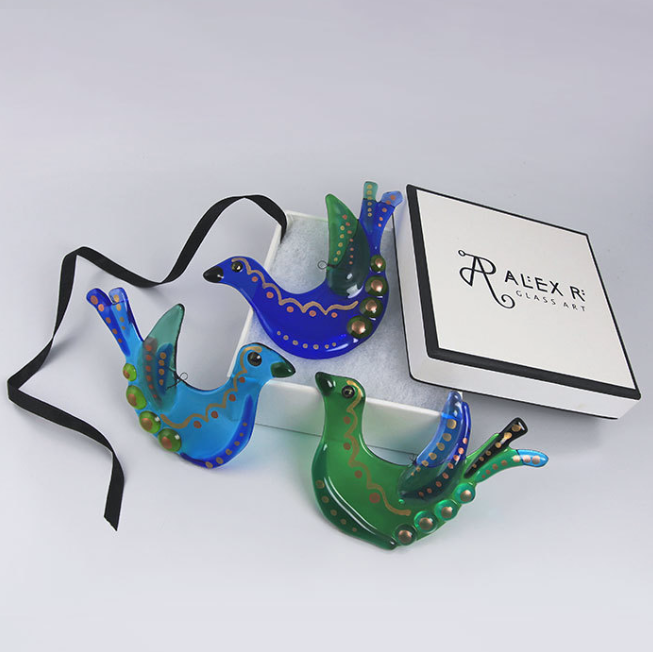 Boxed Glass Bird  glass  8 x 11 cm  £16 each