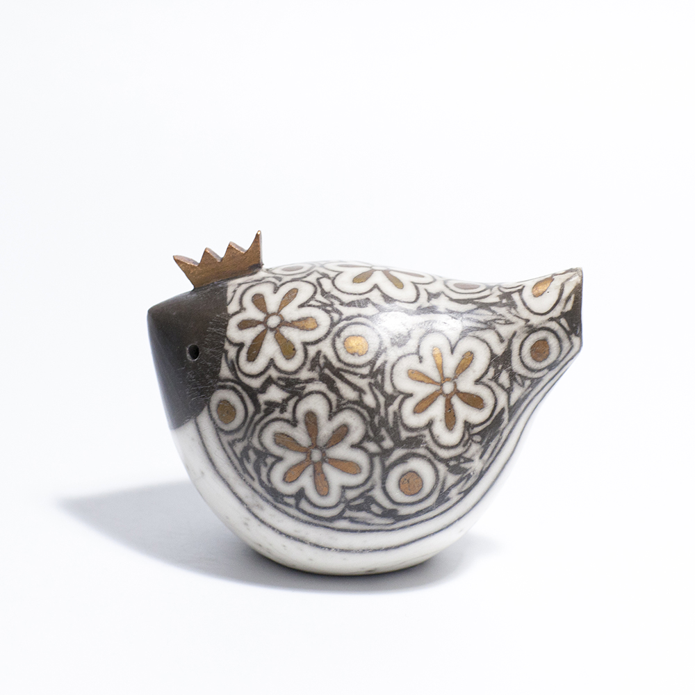 Chicken  raku ceramic  7.5 x 6 cm