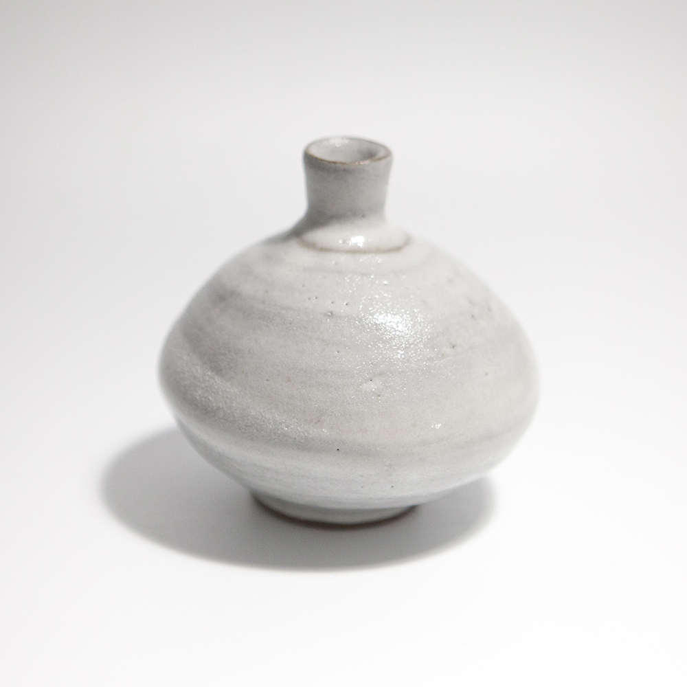 Globular Vase  ceramic  10 x 10 x 10 cm  £35