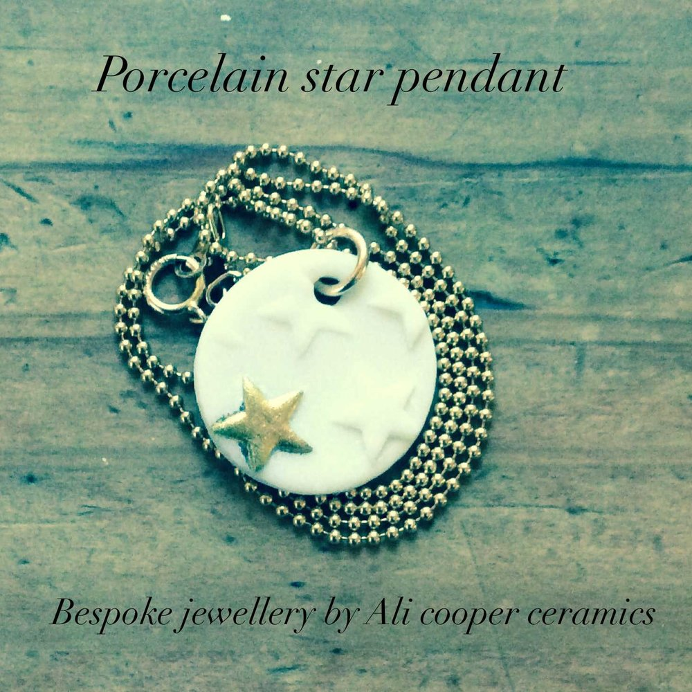 Round Pendant with Star  Parian, 24ct Gold Lustre, Gold Filled  £96